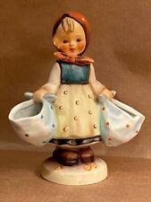 Goebel Hummel Mothers Darling Figurine #175 TM-5 Girl Baskets Great Cond No Box
