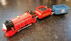 THOMAS & FRIENDS MIKE MOTORISED TRAIN WITH TENDER & TRUCK TRACKMASTER LOVELY