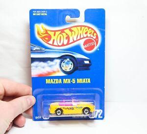 Hot Wheels 0454 Mazda MX5 Miata No 172 - 1991 Model - Mint On Card