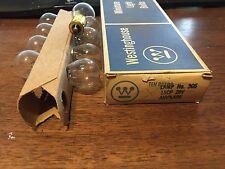 Vintage BOX Westinghouse 305 28V Aircraft LIGHT BULBS Cesna Airplane PLANE Gates