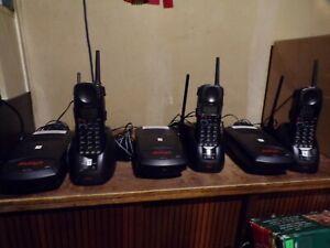 Avaya 3910 Wireless Phone (Black) phone set  lot of 3