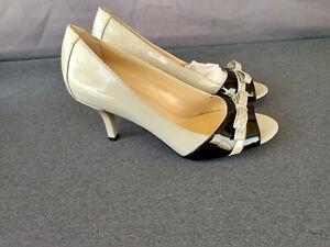 Franco Sarto Women's TERRENCE Ash/Black Heels #A5868S2006 - Size 6 M