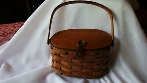 """Primitive Vtg Woven Wood SMALL LUNCH BASKET Lid Leather Strap Handle Box 5""""x9""""L"""