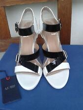 Armani Damenschuhe Pumps Sandalo weiß/schwarz Größe 40 NEU mit Zertifikat in OVP