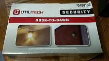 Utilitech Security Dusk-to-Dawn Wall Light #0458108
