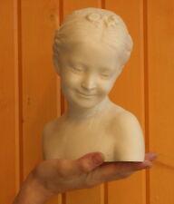 Buste petite fille au sourire en plâtre statuaire teinté 22 cm