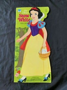 Vintage 1974 Walt Disney's Snow White Paper Doll Book