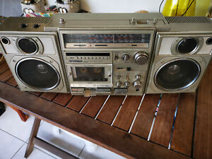 SANYO M 9996K  Boombox -minor issues- Very good overall