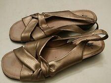 032 Womans LifeStride Mango Tan Gold Sandals  Shoes Size 9
