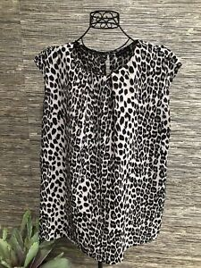3X Plus Animal Print Top Blouse Sleeveless Black Gray #96