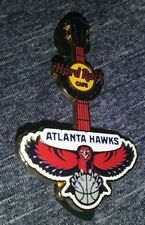 HARD ROCK CAFE HRC 2010-2011 ATLANTA HAWKS LOGO COLLECTIBLE GUITAR PIN RARE /LE