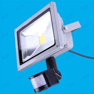 20W LED Security PIR Sensor (2700K or 6500K) IP65 Waterproof Outdoor Flood Light