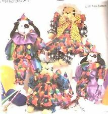"""Simplicity 7661 18"""" & 24"""" Dog, Cat & Clothes Pattern"""
