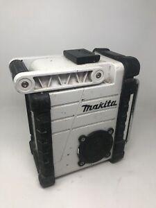 MAKITA - XRM02 -  PORTABLE JOB SITE RADIO