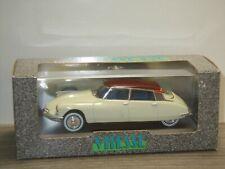 Citroen DS19 Salon de Paris 1956 - Vitesse 690.2 - 1:43 in Box *40855