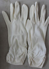 Vintage White Dressy Gloves L#153