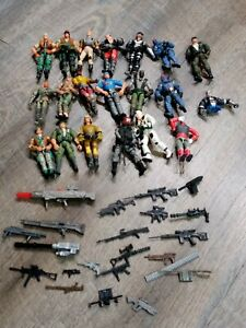 Lot 20 GI Joe ARAH Vintage Action Figures With Some  Accessories Guns