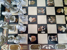 Schaakspel metalen figuurtjes houten bord bijna 2kg Schaken