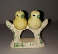 VTG Ceramic Perched Song Bird Salt And Pepper Shakers Mid Century