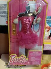 ~BLT12 Barbie FASHIONISTAS Gown Life Fashions Fuchsia Pink Tulle Glitter 2013