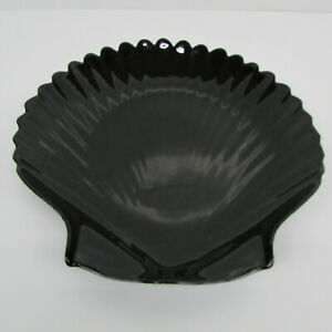 """Arcoroc France Sea Shell Clam Shaped Black Glass Large Salad or Dinner Plate 8"""""""