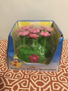 Sunny Patch Melissa & Doug Pretty Petals Sprinkler Toy Brand New