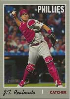 2019 Topps Heritage High Number J.T. REALMUTO SP Action Variation Phillies #535