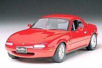 24085 Tamiya Mazda Eunos Roadster 1/24th Plastic Kit Assembly Car