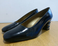 BNIB Stuart Weitzman @ Russell & Bromley Notch black leather court shoes UK 5.5