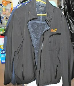 Jack Wolfskin   Men's  Hooded and Lined   Jacket  Size  XL excellent condition
