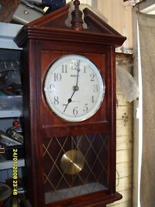 WALL CLOCK WORKING  WESTMINSTER  BATTERY  CLOCK BY STAIVER
