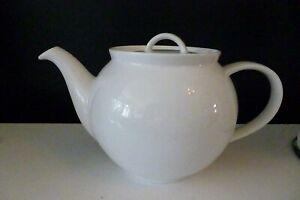 M & S Marks and Spencer Large  Maxim White Porcelain Teapot -  2½ Pints - VGC