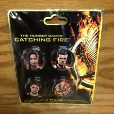 """PIN / BUTTON SET The Hunger Games """"Catching Fire""""  by Neca ~ BRAND NEW !"""