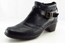 Clarks Size 8.5 M Black Short Boots Leather Zip Boots