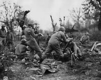 MORTAR CREWMEN OF THE 36TH INFANTRY DIVISION DROP 8X10 PHOTO 28012003162