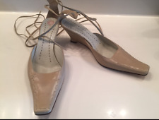 WOMENS BCBG TAN BROWN LEATHER WEDGES LOW HEEL LACE UP SHOES SIZE 8