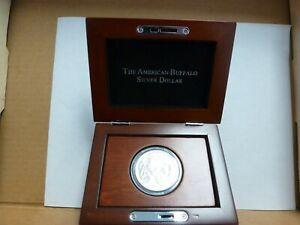2001 American Buffalo Commemorative Coin Unc. Silver Dollar PCS Wooden Box