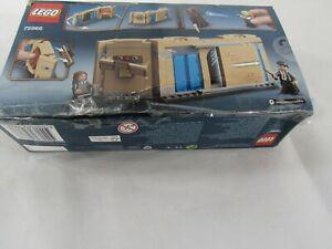 Lego 75966 Harry Potter Hogwarts Room of Requirement Building Set - damaged box