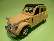 POLISTIL S26 CITROEN 2CV - CLOSED TOP - CREAM 1:25 - GOOD CONDITION