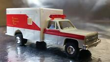 * Trident 90119 Technical Response Team Emergency Vehicle HO 1:87 Scale