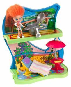 Trollz Pad Posh Patio - Trolls doll & furniture included