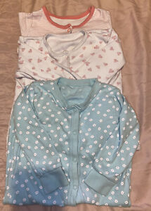 Girls Age 12-18 Months - X3 Sleepsuits