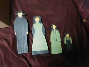 Folk Art Primitive Wood Dolls Amish Mennonite family Vintage decoration neat