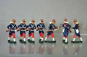 REPLICA MODELS PATRICK CAMPBELL BRITAINS WWI FRENCH INFANTRY ADVANCING x 7 mv