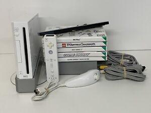 Nintendo Wii Bundle 1 Controllers 1 Nunchuk 5 Games. Bundle  Nintendo