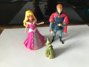 Disney Magiclip figure Princess Aurora sleeping beauty prince  hard dress bundle
