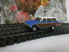 Aurora 62 Ford Country Squire (reproduction) in blue/white roof body only