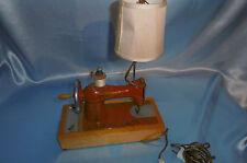 machine a coudre jouet équipé lampe de chevet vintage