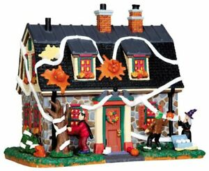 Lemax Spooky Town Village Halloween Tricked Out House Lit Building 45674