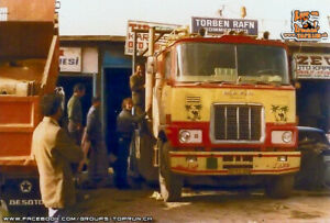"""TEKNO 72983 MACK F 700 6X4 + SEMI-REMORQUE PLATEAU BACHE """" TORBEN RAFN """" MINT"""